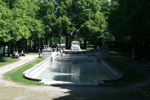 Vater Rhein Brunnen