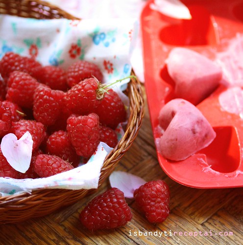 Raspberries for muffin hearts
