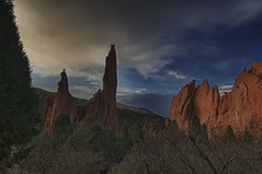 Garden of The Gods, Colorado Springs, Colorado (Ken'sKam) Tags: cloud clouds evening colorado day cloudy gardenofthegods coloradosprings