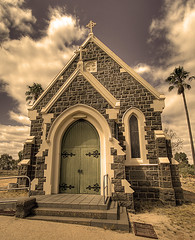 Somewhere in Central Victoria.... (_davidh_) Tags: old church sepia clouds great australia wideangle victoria palmtrees filter late somewhere billhicks cs3 elmore sigma1020 centralvictoria canoneos400d