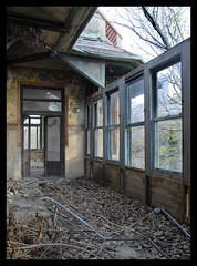 DSC0103 (THE LURKING HAMSTER) Tags: new york nyc windows sea ny abandoned hospital island big view very decay staten seaview tuberculosis