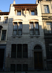 Autrique-huis, Schaarbeek (Erf-goed.be) Tags: geotagged artnouveau brussel schaarbeek archeonet haachtsesteenweg maisonautrique autriquehuis geo:lon=4373 geo:lat=508633