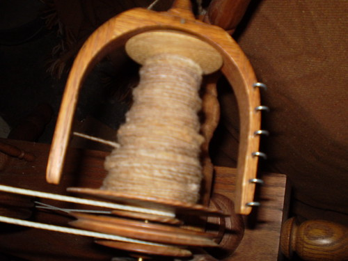 Spinning a single from local wool