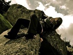 Bajada del cielo... (Elilemie) Tags: alava euskadi roca dolmen piedra eguilaz aizkomendi