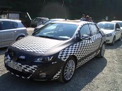 Prototyp des neuen Opel Astra auf der 99-Prozent-Fahrt
