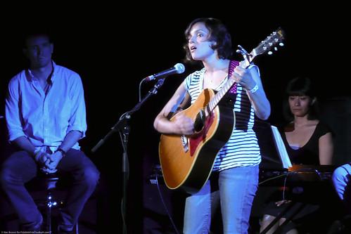 06.13.09a Norah Jones, Radio Happy Hour @ Poisson Rouge (3)