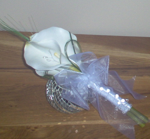 *marianne 275 po* adult bridesmaids calla handtied by you.