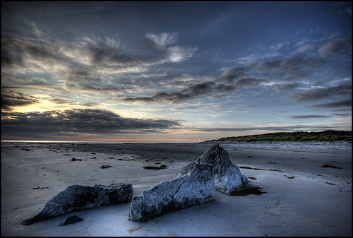 Looking West from the Beach at Bun Na Feachlach : South Uist
