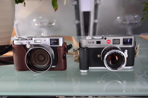Nikon D5100 18-55mm f/3.5-5.6 leica M9 zeiss 50mm T* Planar f/2 Fuji X100
