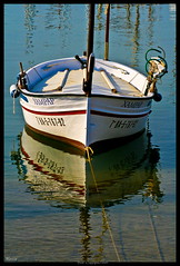 BOAT - BOTE   EXPLORER 30 MAR 2009 #201 (Heccastudio / I see you soon) Tags: sea espaa water port canon puerto eos rebel boat mar spain agua catalonia girona catalunya hdr reflejos lescala bote reflexes xti hecca