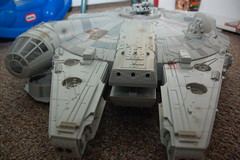 Isaac's birthday present: giant Millennium Falcon (Chris Devers) Tags: birthday ma toy starwars massachusetts awesome isaac gift somerville present spaceship somervillema 2008 2009 chewbacca hansolo empirestrikesback anewhope millenniumfalcon milenniumfalcon cameranikond50 starwarsanewhope exif:exposure_bias=0ev exif:exposure=0017sec160 exif:focal_length=18mm starwarsreturnofthejedi starwarstheempirestrikesback exif:aperture=f40 camera:make=nikoncorporation exif:flash=autofiredreturndetected camera:model=nikond50 meta:exif=1257922353 exif:orientation=horizontalnormal exif:lens=18200mmf3556 exif:filename=dscjpg exif:vari_program=auto exif:shutter_count=29723 meta:exif=1350402547