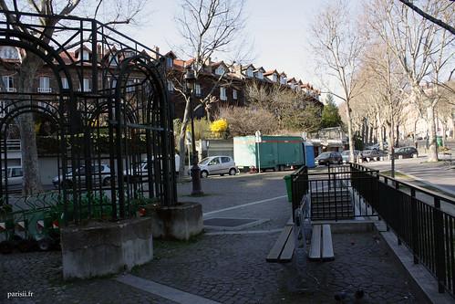 La Campagne à Paris, situé sur une hauteur de la ville