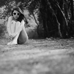 (francesca-jane) Tags: wood summer portrait bw me girl forest self glasses allen heart mud bokeh francesca frenchie knees overtheexcellence