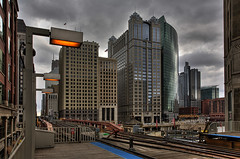 (Kevin Dickert) Tags: chicago downtown downtownchicago hdr highdynamicrange urban urbanity city cityscape skyline architecture buildings skycrapers highrises 333westwacker 222westwacker engineeringbuilding el l station cta ctastation lstation elstation rail masstransit merchandisemart boeingbuilding kevindickert iamhydrogen abovestreetlevel