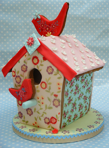 Ditsy Bird House
