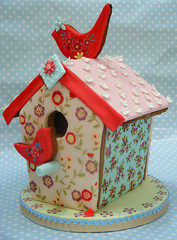 Ditsy Bird House (neviepiecakes) Tags: flowers cookies birds folk birdhouse handpainted biscuits gingerbreadhouse fondant ditsy paintedcake brightonexhibition