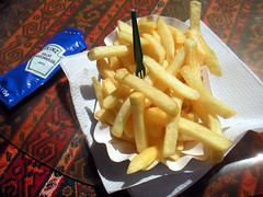 Pommes frites med salatmayonnaise