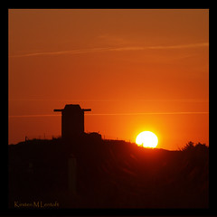 Sunset at Blue Waters (Kirsten M Lentoft) Tags: sunset sky sun denmark silhouettes soe blåvand fpg blaavand fineartphotos infinestyle betterthangood kirstenmlentoft