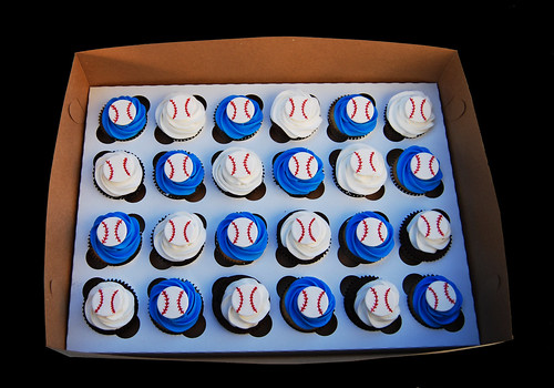 blue and white baseball cupcakes