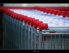 Shopping in red Trolley...::[1000+ Views] (ktania) Tags: world our colors canon shopping flickr market bokeh trolley picture super best estrellas ren unforgettable soe the in flickrs flickrsbest flickrcolour 400d platinumphoto colorphotoaward aplusphoto flickraward theunforgettablepictures colourartaward platinumheartaward artlegacy thebestofday gnneniyisi rubyphotographer goldenheartaward dragondaggerphoto