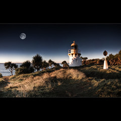 """I believe that this nation should commit itself to achieving the goal, before this decade is out, of landing a man on the Moon and returning him safely to the Earth."" ([ Kane ]) Tags: morning light sky moon lighthouse art grass landscape dawn glow pano australia panoramic fullmoon da nsw qld queensland kane 1020mm tones hdr fingal gledhill 50d fingalhead fingalheadlighthouse kanegledhill vosplusbellesphotos obramaestra wwwhumanhabitscomau kanegledhillphotography"