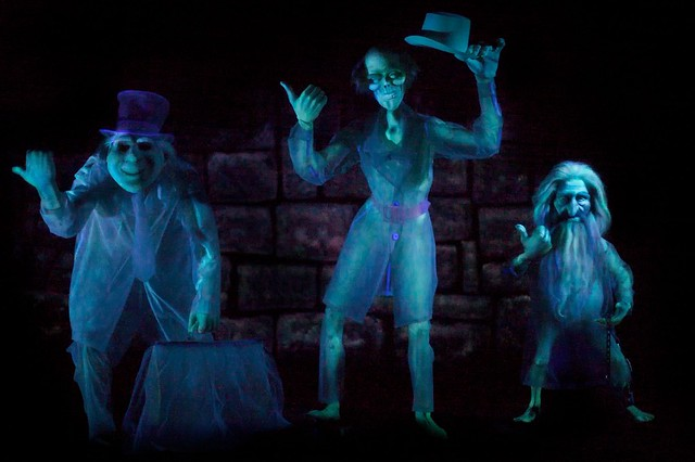 Disneyland - Grim Grinning Ghosts