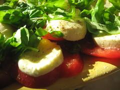 insalata caprese (kepje) Tags: classic tomato mozarella basil caprese pomidor oliwa bazylia hkwkhh capryjska