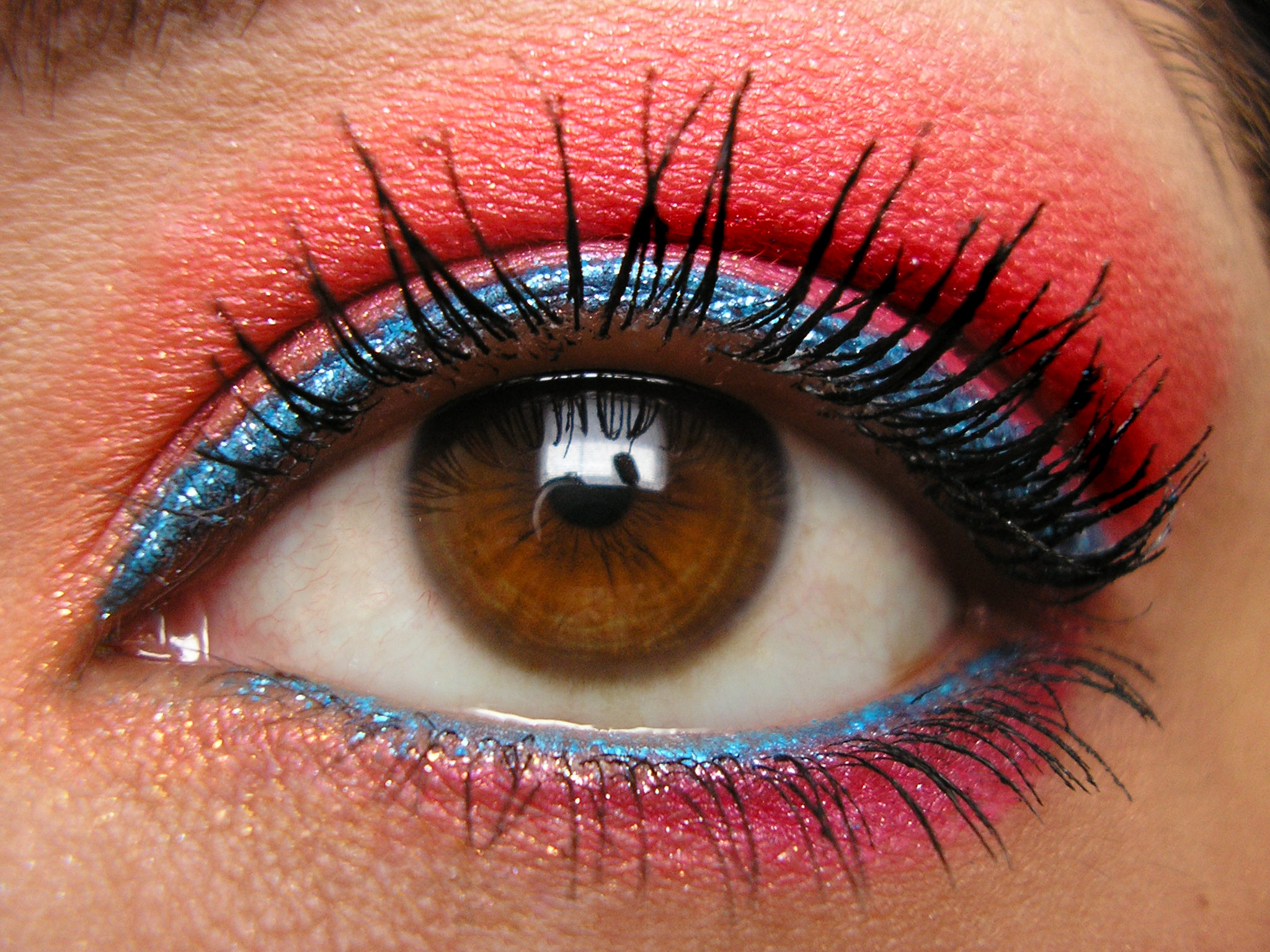 Harajuku Hunnies Fire & Ice FOTD Closeup