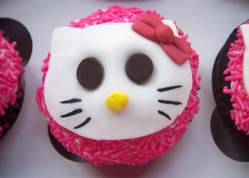 the Hello Kitty Cupcakes. Julie Viens Black Box Bakery Los Angeles, CA