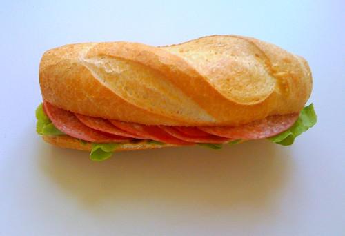 Salami-Baguette
