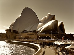 The Opera House [Second Version] (blevefrancesco) Tags: world ocean life house teatro opera mare monumento sydney australia monumenti sidney pacifico oceano oceania simbolo struttura 5photosaday abigfave anawesomeshot lifebeautiful atomicaward pagific