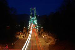 Lions Gate (BCOL CCCP) Tags: park bridge canada cars whistler cool twilight gate bc slow streak suspension pentax dusk awesome great taken columbia well stanley shutter lions british streaks cccp 2010 k10d bcol