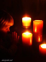 candles (jewls_59901) Tags: nov08