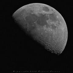 C o u n t i n g -  t h e  -  C r a t e r s ... (z) Tags: pakistan bw moon nature luna april handheld 2009 lahore soe theunforgettablepictures theperfectphotographer micartttt