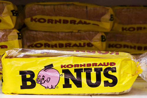 bread + drunken piggy bank