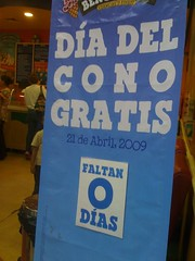 Free cone day at Ben-n-Jerry's - Mexico city edition.