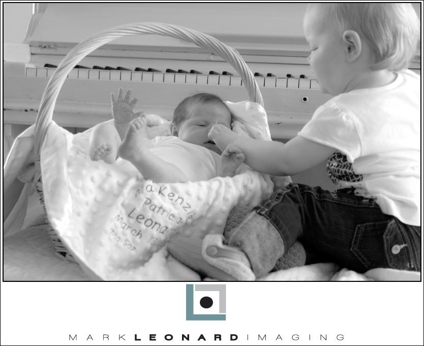 2009-04-06-Mackenzie-066-bw-blog