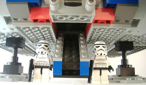 8 LEGO MF 7