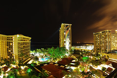Waikiki Evening (/\ltus) Tags: longexposure hawaii pentax waikiki oahu honolulu hiltonhawaiianvillage rainbowtower tapatower 222secondsexposure nothdr k20d