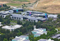 Google Power (jurvetson) Tags: solar google tour rooftops geek nt flight zeppelin airship hq cells googleplex pv dirigible ventures slowandlow 1000ft