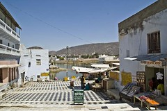Way to Pushkar sarowar 1 (Sapna Kapoor) Tags: india religion pushkar rajasthan sarowar