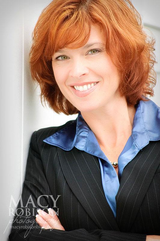 Lori Wynne - Headshot