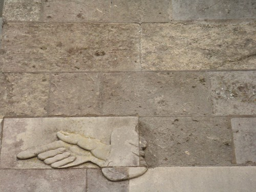 winchester-cathedral-hand