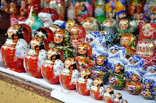 RussianDollsattheMarket
