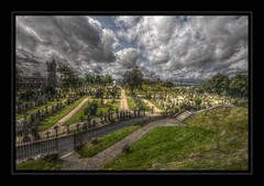 Stirling town Valley cemetery (Martron Hux) Tags: cemetery scotland stirling cemetary hdr schottland mantiuk