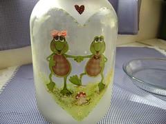 Vidro porta-mantimentos (roseliacosta) Tags: verde vidro artesanato papel sapos découpage biscoitos cozinha pintura plástico mãolivre fosco conservas mantimentos fosqueado