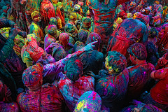 Pointed Finger, Holi ( Poras Chaudhary) Tags: blue red india green colors yellow festival colorful finger crowd holi pointed 2470mm nikond3