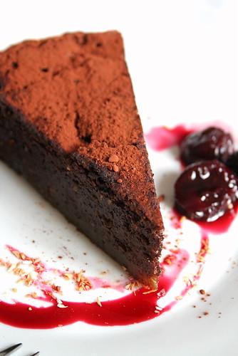Quand Chocolat, Amandes et Orange sEmmêlent dans un Gâteau  Fondant Spécial -