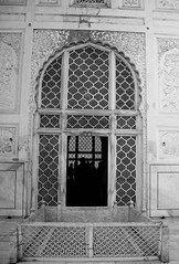 entrance to the tomb ([s e l v i n]) Tags: india art monument architecture minaret tomb taj bibi aurangabad bibikamaqbara travelindia touristspots maqbara indiantourism indiantour ©selvin