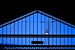 Waiting for the train (janbat) Tags: blue light black france bird architecture train 35mm lampe nikon noir gare bleu f2 d200 nikkor tours oiseau jbaudebert